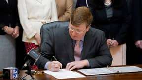 US Governor Tate Reeves Signs Bill Banning Transgender Athletes From Competing In Women's Sports