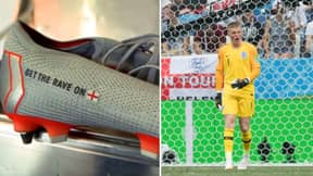 Jordan Pickford Has 'Get The Rave On' On His Nike Boots
