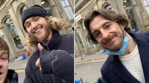Tom Davies & Leighton Baines Buy Homeless People Drinks Just 24 Hours After Liverpool 0-2 Everton