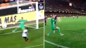 Watch: Barcelona's Jasper Cillessen Produced A Sensational Save Last Night