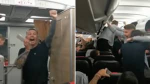Italy Squad Chanting Leonardo Spinazzola's Name On The Plane Will Give You A Goosebumps