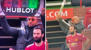 Fans React As Manchester United Reserve Goalkeeper Lee Grant Acts As Fourth Official