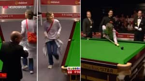 Watch: Ronnie O'Sullivan Lets Pitch Invader Take Shot On The Black