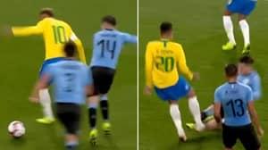 Arsenal's Lucas Torreira Brilliantly Stops Neymar, Then Immediately Slide Tackles Firmino