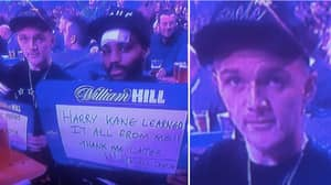 Kieran Trippier Produces The Greatest Sign Ever At The Darts World Championships