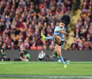 NSW Is Bashing Up QLD At Half Time Of Origin 2