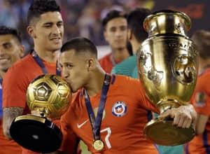 Aresnal And Chile's Alexis Sanchez Reacts To Ballon d'Or Shortlist Snub
