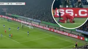 Thomas Muller Took The Worst Corner Ever Against Schalke