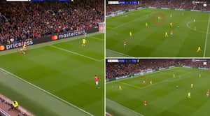 Edinson Cavani Displays Superhuman Work Rate To Regain The Ball In The 81st Minute, Man Utd Fans Absolutely Love It