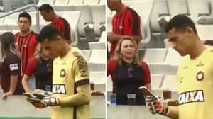 The Incredible Moment A Goalkeeper Goes On His Phone During Brazilian Top Flight Game