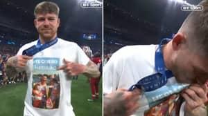Liverpool's Alberto Moreno Pays Tribute To Jose Antoino Reyes With Touching T-Shirt