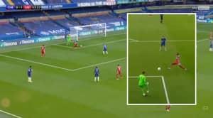 Kepa Arrizabalaga's Disastrous Pass Gives Liverpool 2-0 Lead