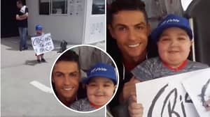 Cristiano Ronaldo Stops Portugal Team Bus To Pose For A Photo With Sick Young Fan