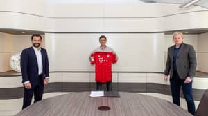 Social Distancing Measures Were In Full Effect For Thomas Muller's Contract Renewal