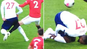 When Divock Origi Went Down Holding The Wrong Leg After 'Foul' From Victor Lindelof