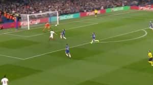 Edin Dzeko Scores An Absolute Brilliant Equaliser Against Chelsea