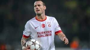 Wesley Sneijder Officially Joins New Club