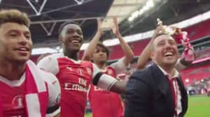 WATCH: Arsenal Players Singing For Santi Cazorla Was Nicest Touch of FA Cup Celebrations