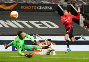 Roma Vs Manchester United: Prediction, Team News, Stream And Odds