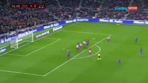 WATCH: Lionel Messi Comes Close To Scoring Incredible Free Kick