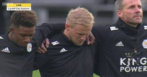Kasper Schmeichel Bursts Into Tears During Minute Silence Before Cardiff-Leicester Match