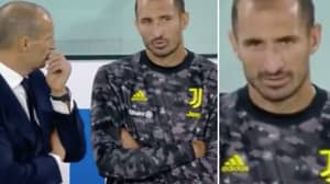 Fans Think They've Spotted Giorgio Chiellini's Worrying Message To Max Allegri During Juventus Defeat