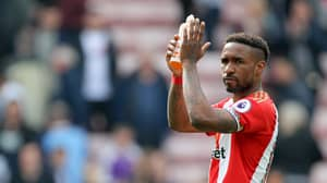 Jermain Defoe Waited For Manchester United Player By The Tunnel After Game