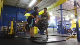 Man Attacks Teen In Gym For The Way He Deadlifts