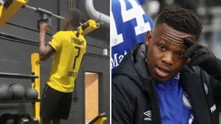Rabbi Matondo Apologises To Schalke After Being Pictured Wearing Borussia Dortmund Shirt In Training
