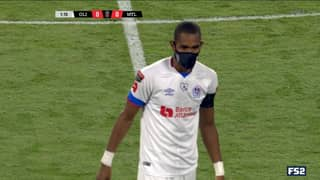 Jerry Bengtson Wears Face Mask During Football Match To Protect His Family