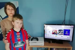 Angry Mum Rages After 'Hackers Buy 36,000 FIFA Points' With Her Credit Card