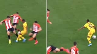 Ansu Fati Took Out Three Players With One Brilliant Piece Of Skill