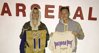 Arsenal's Mesut Ozil Swaps Shirts With Justin Bieber After Night Out Together