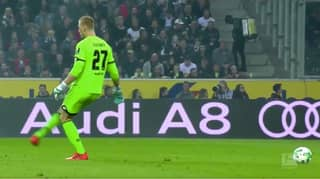 Mainz Goalkeeper Robin Zentner Just Invented The 'Ghost Pass' By Accident