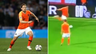 Daley Blind Produced A Beautiful Outside-Of-The-Foot Pass During England vs Netherlands