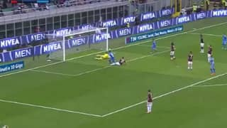 Gianluigi Donnarumma Just Handed Juventus The Title With Last Minute Save
