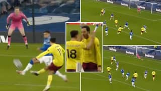 Dwight McNeil Has Just Scored A Goal Of The Season Contender For Burnley Vs Everton
