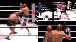 The Round Mike Tyson Showed The World That He's Still Got It vs Roy Jones Jr