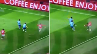 Manchester United Defender Aaron Wan-Bissaka Invents His Own Skill Against Bournemouth