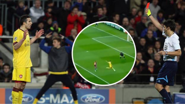 Robin Van Persie's Red Card Against Barcelona Is Still One Of The Worst Decisions
