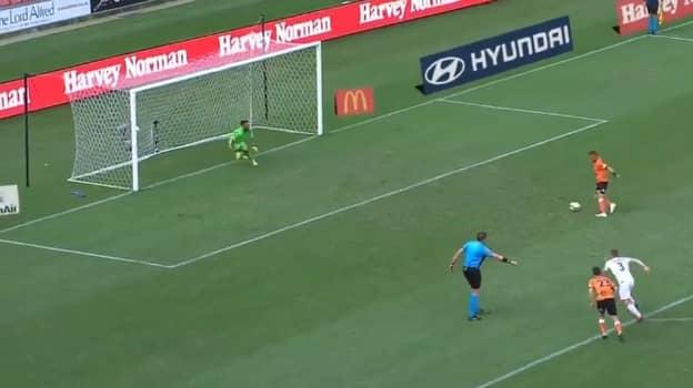 Brisbane Roar Player Once Scored A 'False Panenka' Penalty