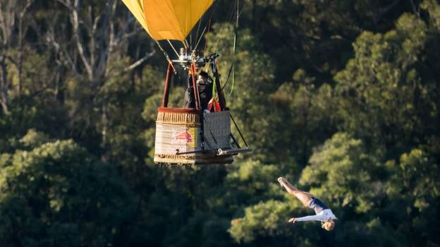 In My Own Words: I'm The First Person In History To Dive Out Of A Moving Hot Air Balloon