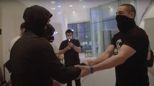 Robert Whittaker's Cool Interaction With Khabib Nurmagomedov At UFC 254