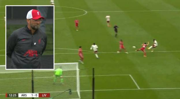 Jurgen Klopp Caught Admiring Pierre-Emerick Aubameyang's Goal Against His Liverpool Side