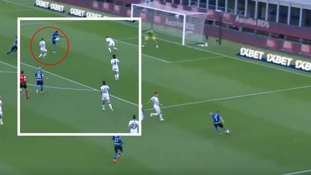 Ashley Young Scores Stunning Volley From Alexis Sanchez Cross - 2020 Has Peaked