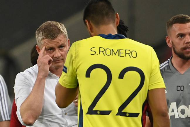 Romero talking to Solskjaer during the Europa League quarter final. Image: PA Images