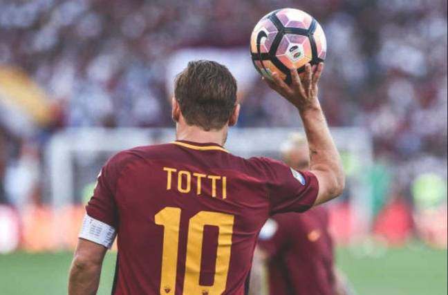 Totti is an absolute Roma legend. Image: Twitter