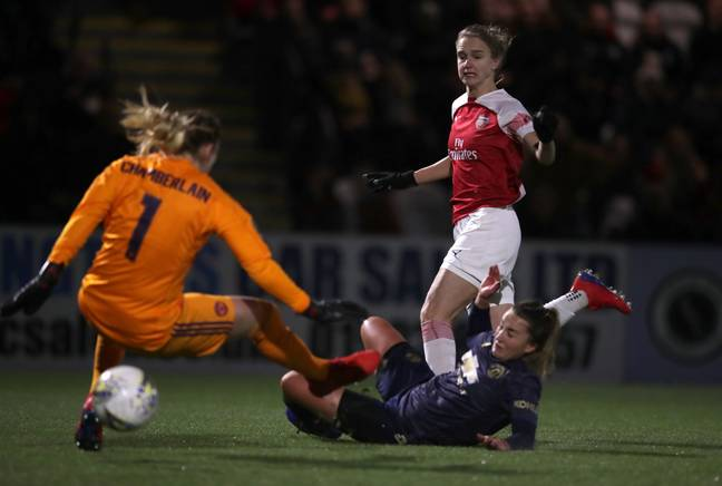 Vivianne Miedema in action for Arsenal