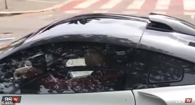 Ronaldo pictures driving in Lisbon. Image: AS TV