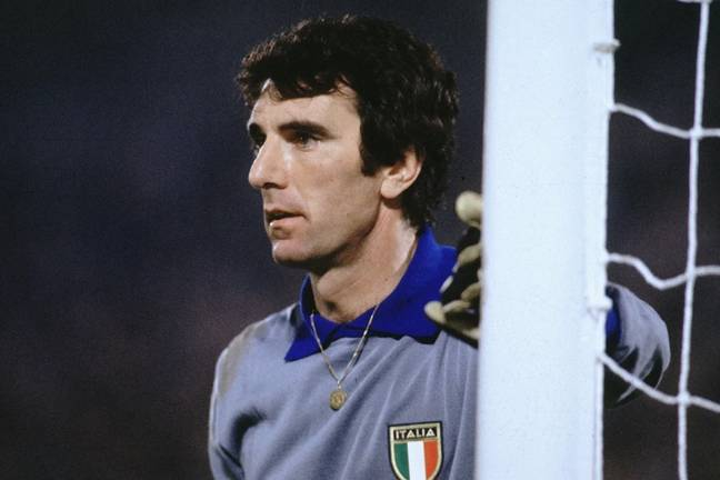 Dino Zoff holds the record for keeping a clean sheet for the longest amount of time